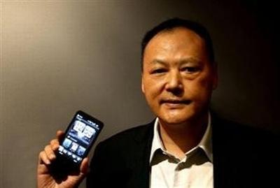 HTC_CEO_Peter_Chou_HTC_HD2_Microsoft_Windows_Mobile_6_5